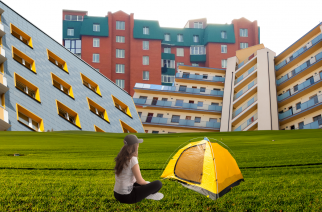 Nehvaležni skeptiki #31: Stanovanja so, a ne za mlade